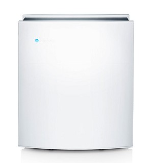 The Blueair 480i effectively purifies air in medium-sized rooms up to 430 sq. ft.
